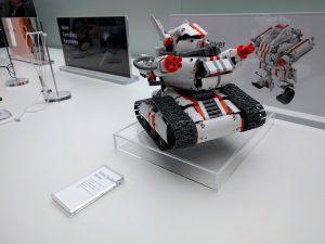 robot, robot builder